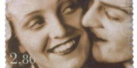 Elokuva 100 vuotta - Kaikki rakastavat  postimerkki 2